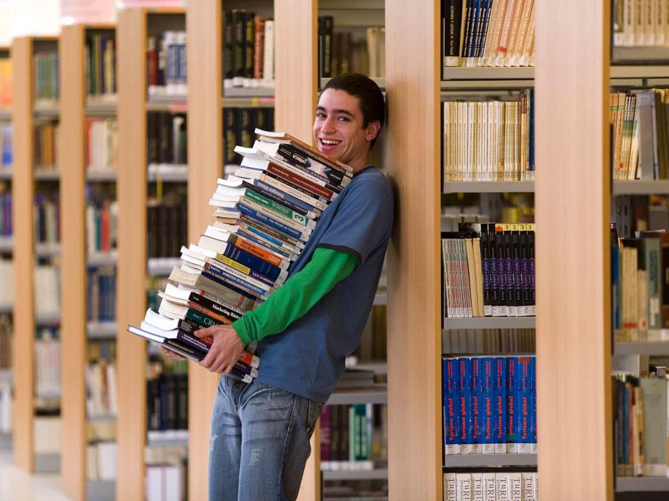 Правовые аспекты: сохраняется ли студенту-заочнику средняя заработная плата