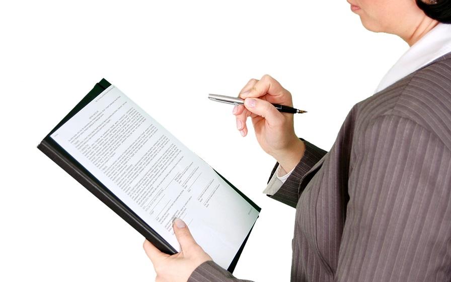 Контракт без сюрпризов: непродление, увольнение и другие тонкости – юридическая консультация