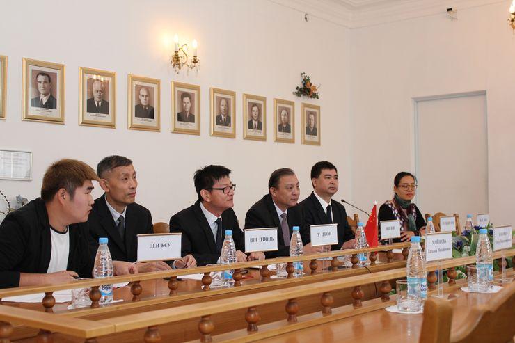 Встреча представителей руководства Верховного Суда с делегацией Народного суда высшей ступени г. Шанхая