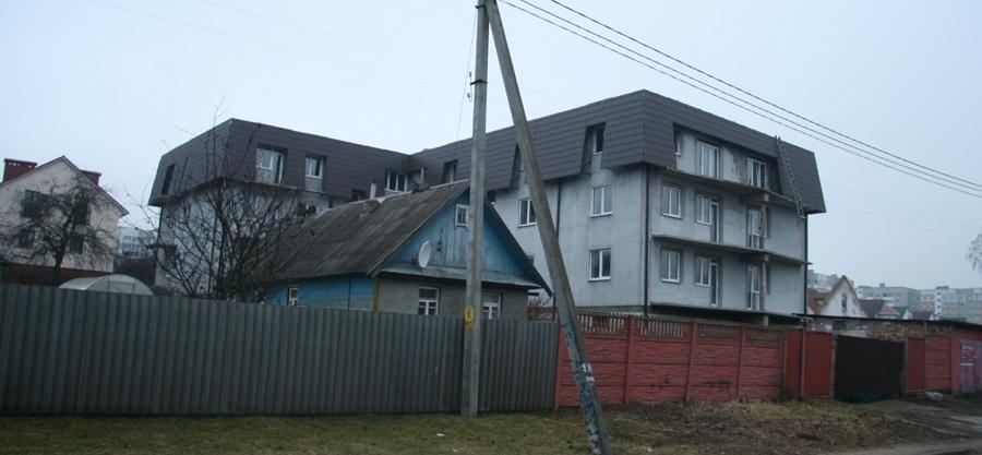 Так может выглядеть построенный с нарушениями индивидуальный жилой дом